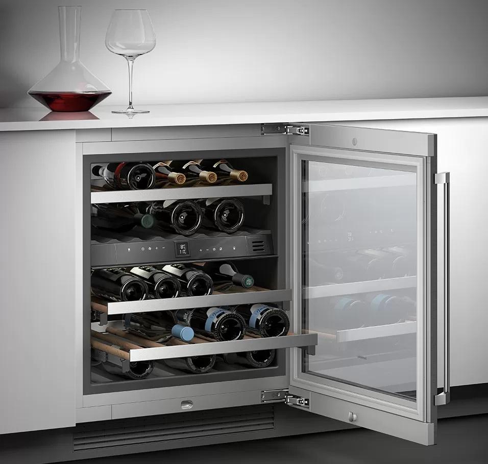 Wine cooler with glass door 200 series –  82 x 60 cm